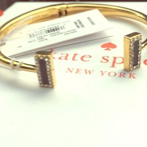 🗣SOLD: Authentic NWT Spade Bar bangle